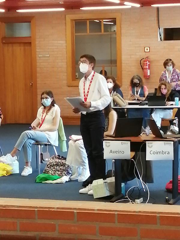 «Parlamento dos Jovens» - o Epílogo Violência doméstica e no namoro: Sessão Nacional do Ensino Básico